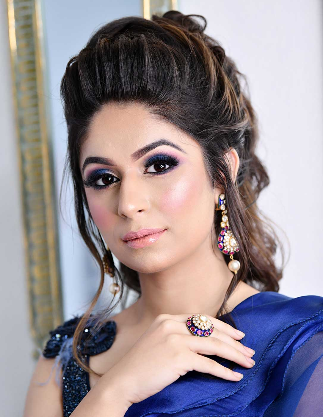 party makeup artist in gurgaon, party makeup at home in gurgaon, party makeup artist in gurgaon, parlour for bridal makeup in gurgaon, best makeover in gurgaon, makeup studio stores in gurgaon, best parlours in gurgaon top parlours in delhi, cocktail party makeup and hair artist in gurgaon