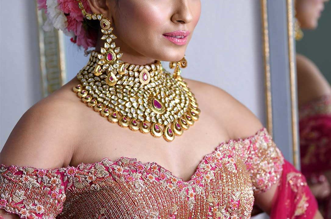 bridal makeup in gurgaon, bridal makeup artists in gurgaon, bridal makeup artist in gurgaon, parlour for bridal makeup in gurgaon, best bridal makeup in gurgaon, wedding makeup artist in gurgaon, best wedding makeup artist in gurgaon